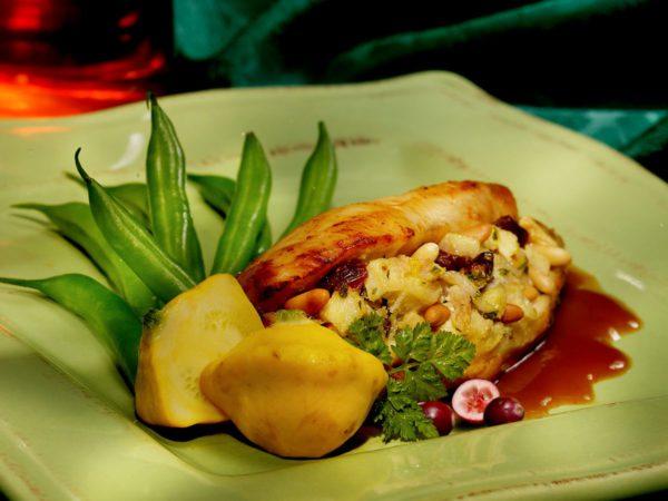 Recette — Poitrines de poulet farcies glacées à l'érable