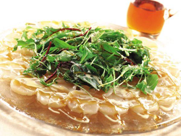 Recette — Salade de carpaccio de pétoncles, sauce crémeuse à l'érable