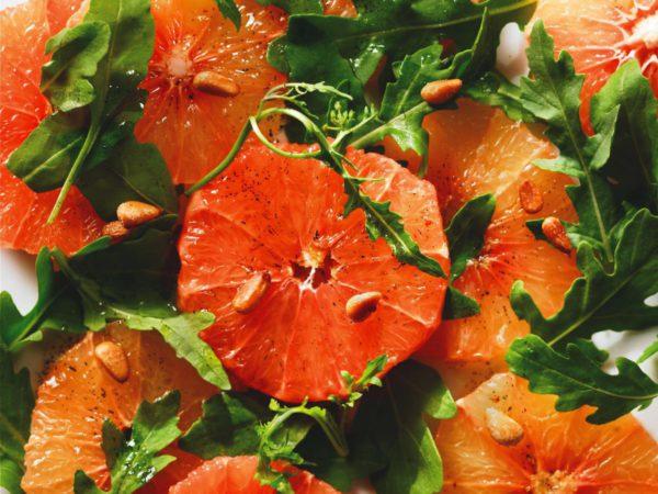 Recette — Salade de pamplemousses roses à la vanille et à l'érable