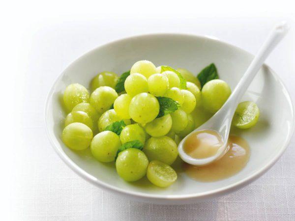 Recette — Salade de raisins à l'érable parfumée à la cardamome et au zeste d'orange