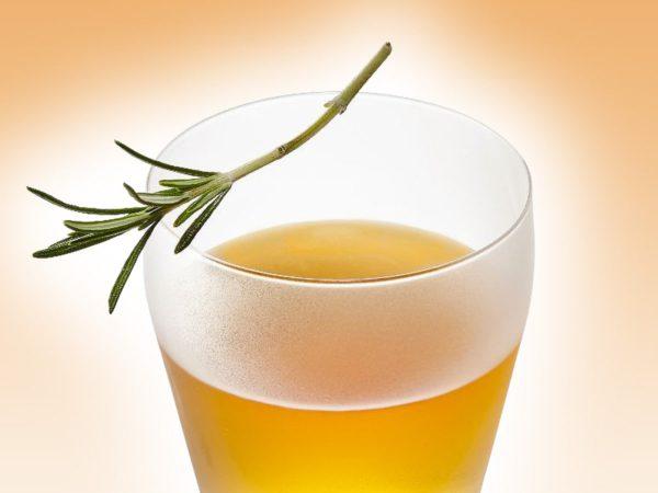 Recette — Vodka à l'érable au parfum d'agrumes et de romarin