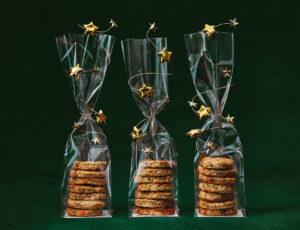 Biscuits salés au cheddar fort du Québec, à l'érable et au poivre rose